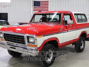 Ford Bronco XLT Splendor rouge laqué