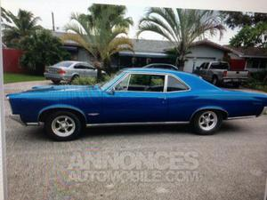 Pontiac GTO coupé bleu laqué
