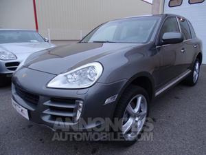 Porsche Cayenne D TIPT 239Ps Jtes 20 PCM 3 Bixenon.... gris