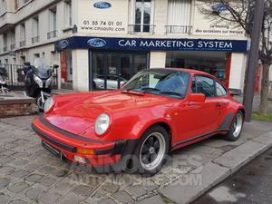 Porsche 930 TURBO  rouge métallisé