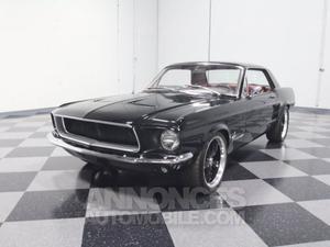 Ford Mustang coupé noir laqué