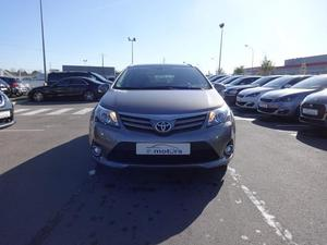 TOYOTA Avensis Avensis SW SkyView Limited Edition D-4D 124