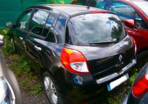 Renault Clio 3 1.2 TCE 100 CV EXPRESSION accidente