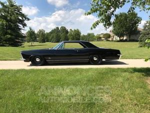 Buick Riviera  noir laqué