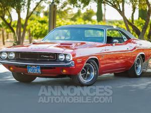 Dodge Challenger  rouge laqué