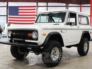 Ford Bronco  blanc laqué