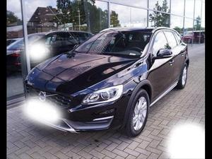 Volvo V60 cross country DCH MOMENTUM GEARTRONIC