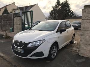 seat ibiza 14 tdi 80 sport 3 portes annee 2006 blanc a toulouse 31 cozot voiture. Black Bedroom Furniture Sets. Home Design Ideas