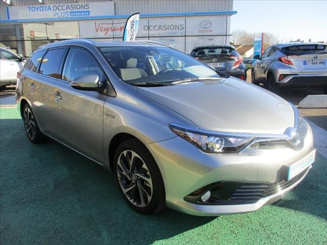 Toyota AURIS TOURING SPORTS HSD 136H DESIGN BUSINESS